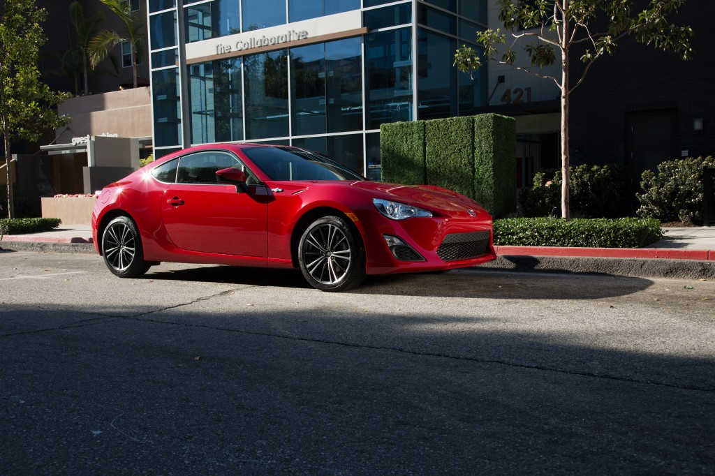 2016_Scion_FRS_016